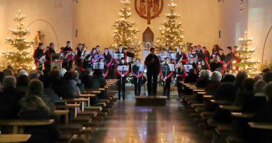 Jugendblaskapelle erzählt eine musikalische Weihnachtsgeschichte